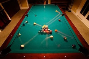 motion-blur-photograph-pool-table