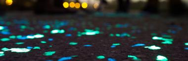 Caminos luminiscentes para ciclistas y peatones
